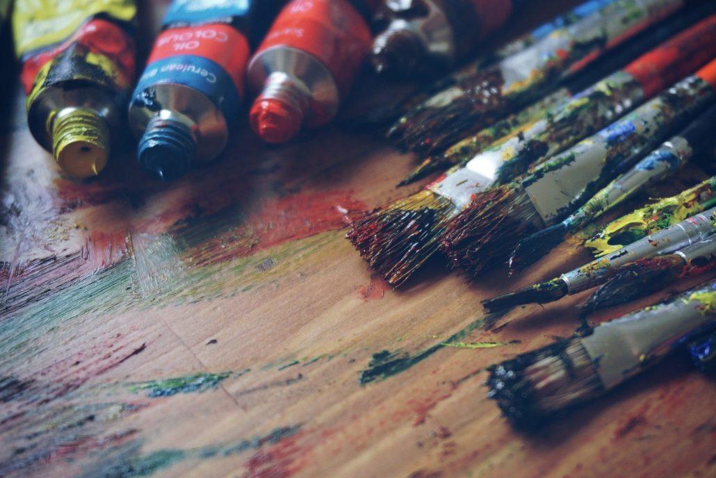 https://pixabay.com/de/photos/kunst-künstlerbedarf-künstler-blau-1478831/